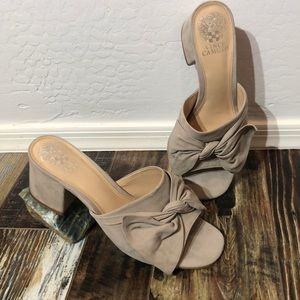Vince Camuto VC -Sharrey Mules Size 9